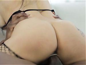 Katrina Jade gets a multiracial vulva filling threesome