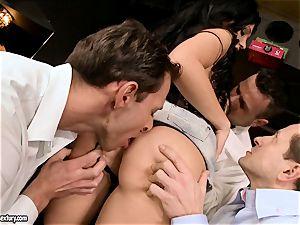 Aletta Ocean group sex as she throats a nasty group