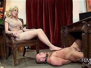 ultra-kinky meaty bosses Headmistress Brandi love predominates her employee in the office