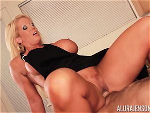 Alura Jenson gets boinked by meaty muscle man Zeb Atlas