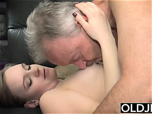 Her young honeypot Gets pummeled old man an Gets jizz On funbags