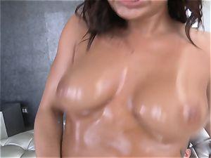 stunning Keisha Grey ruts around on a firm penis