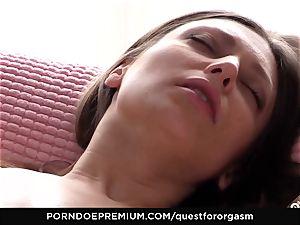 QUEST FOR orgasm Talia Mint in sensual onanism
