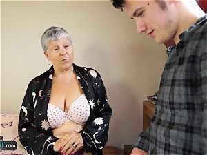 AGEDLOVE granny Savana pulverized with truly stiff stick