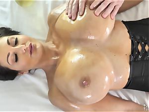phat arse busty mummy Ava Addams gets her lubed cootchie fucked