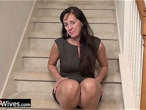 USAWives mature Rose loving her wet puss alone