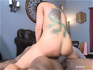 Romi Rain boinks her scorching ebony trainer in front of her man