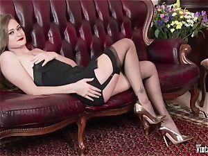 brown-haired bursting to jism in vintage corset nylons jack