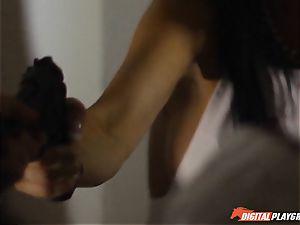 Policeman helps out Jasmine Jae coat up her dirt