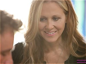 Julia Ann gives teenagers some bang-out advice