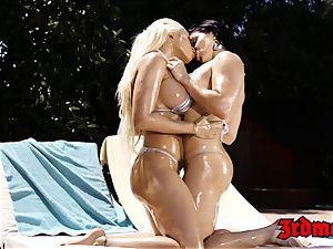 mischievous lesbos frigging and gobbling fuckbox outdoors