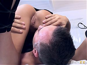 Getting a insatiable rubdown from pretty hotty Subil bend